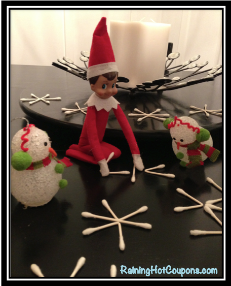 elf on the shelf idea4 Elf on the Shelf Ideas with Pictures (Over 50 Creative and Easy Ideas!)