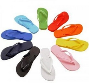JcPenney: *HOT* Flip Flops for the Family Only $1.00 (5 Per Customer!)