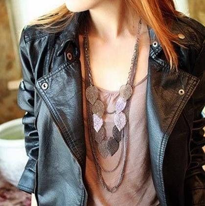 Screen shot 2013 09 10 at 10.20.50 AM Long Leaves Necklace and Chain Only $1.99 + FREE Shipping!