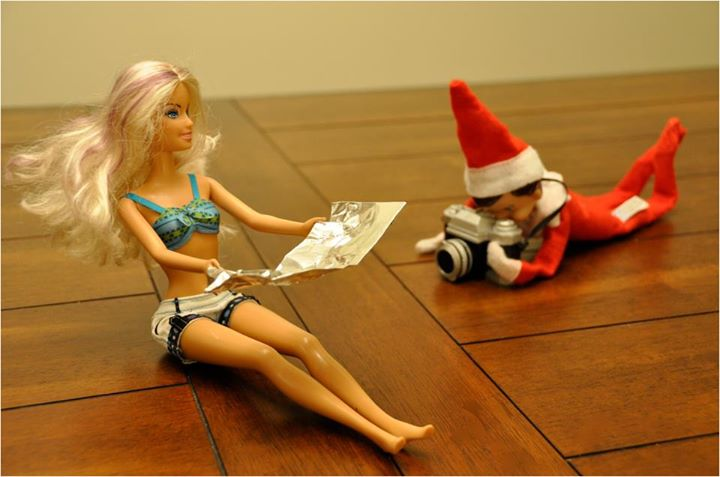photo Elf on the Shelf Ideas with Pictures (Over 50 Creative and Easy Ideas!)
