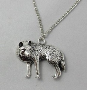 51RhVvPexbL. SY355  291x300 Amazon: Vintage Silver Wolf Charm Necklace Only $7.52 Shipped