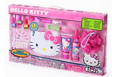 Hello Kitty Bath Cosmetic Set Only 12 Reg 3000