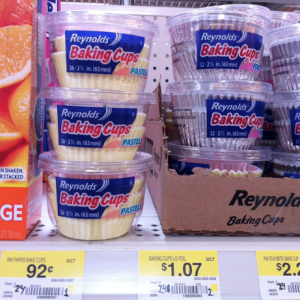 cups1 Reynolds Baking Cups Only $0.42 with New Coupon!