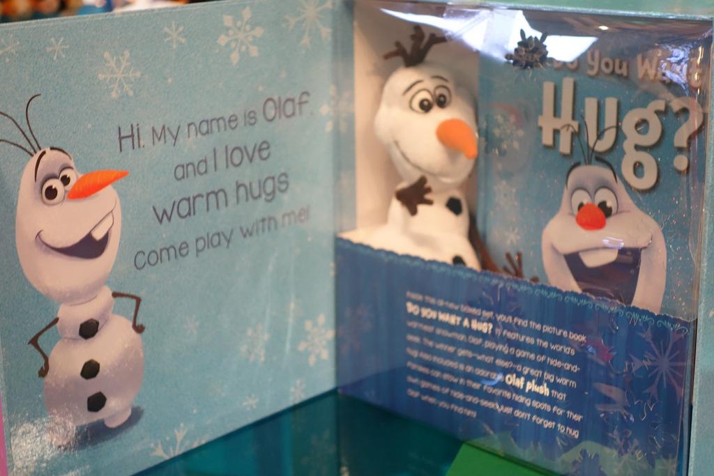olaf *HOT* Pre Order Frozen Hide and Hug Olaf (Copycat Elf on the Shelf) Only $18.21 (Reg. $27)!