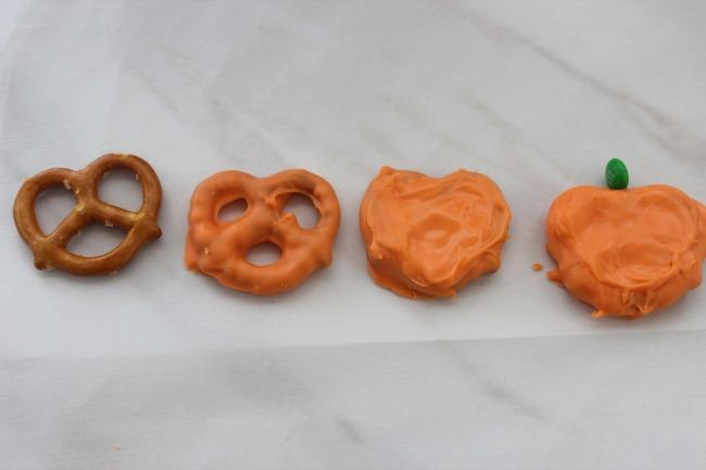 319 Pretzel Pumpkins