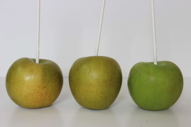 34.jpg4 Cream Caramel Apples