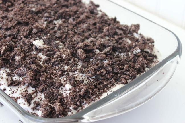 415 Oreo Poke Cake