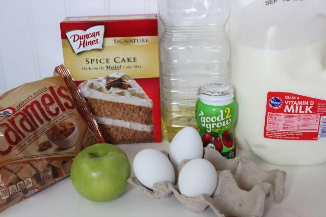 22 Caramel Apple Cupcakes