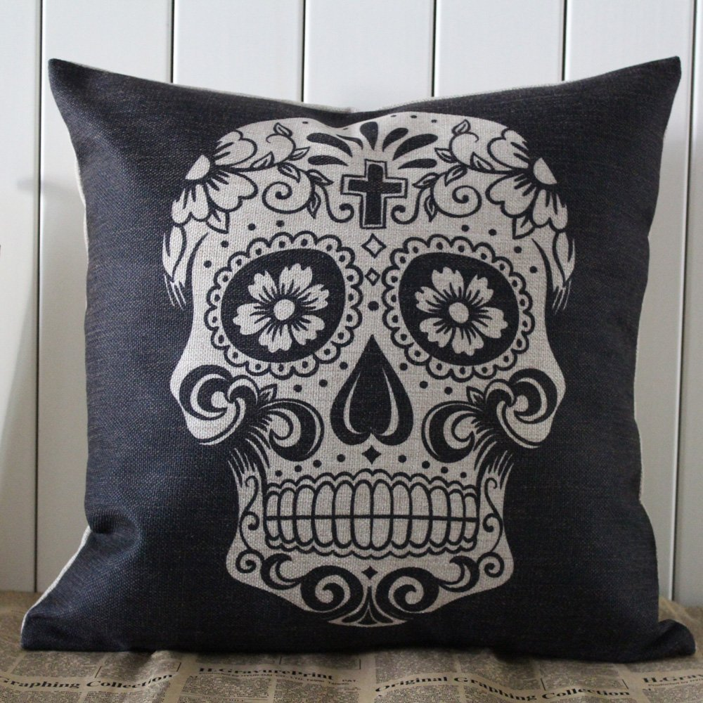 71jAX2Y03+L. SL1500  Amazon: 45x45cm Black Skull Halloween Linen Pillow Case Only $7.97 Shipped