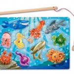 Amazon: Melissa & Doug Deluxe 10-Piece Magnetic Fishing Game ONLY $6.99 (Reg. $10)!