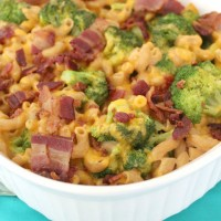Bacon Broccoli Mac and Cheese Casserole