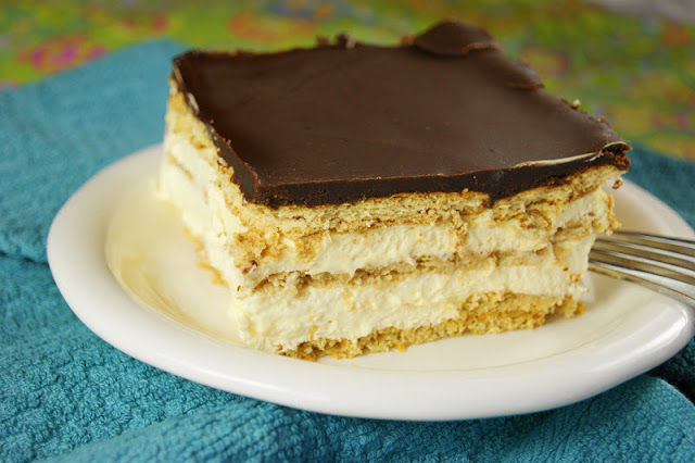 No Bake Chocolate Ecclair Cake