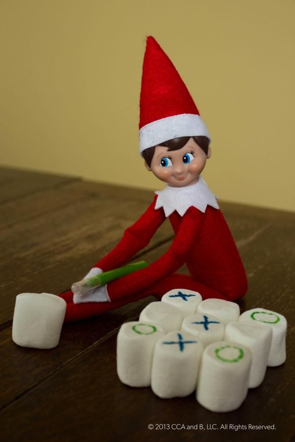 LOTS of Elf on the Shelf Ideas 1